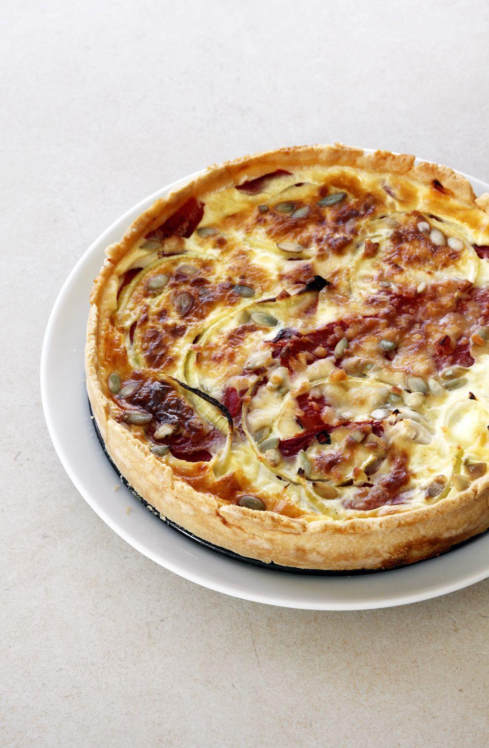 קיש גבינת עיזים, פלפלים ובצל סגול