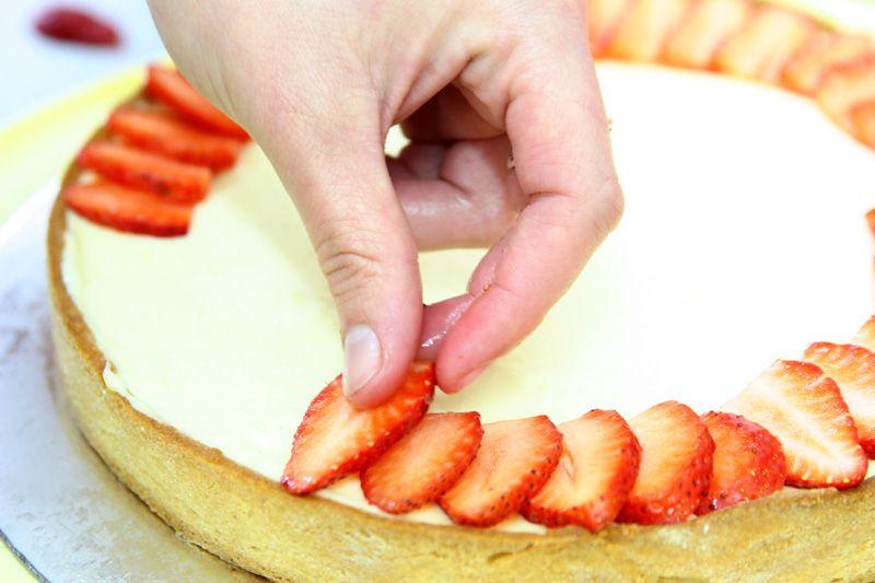 פאי פירות עם קרם פטיסייר וקרם לימון