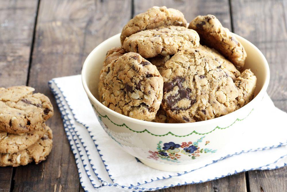 עוגיות שוקולד צ'יפס עם חמאת בוטנים