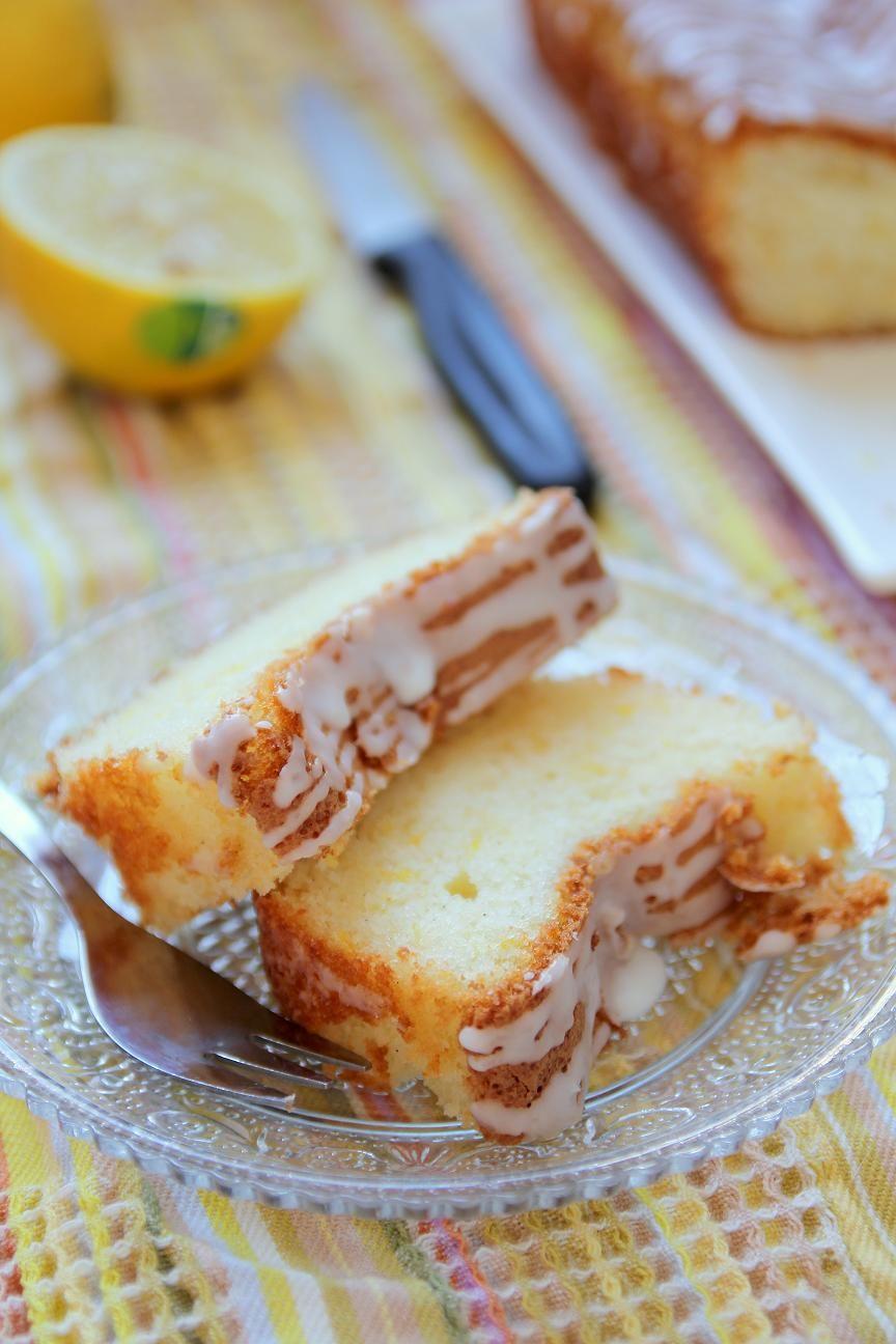עוגת לימון עם זיגוג יוגורט חמצמץ