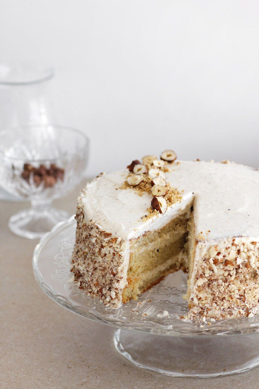 עוגת אגוזי לוז חגיגית
