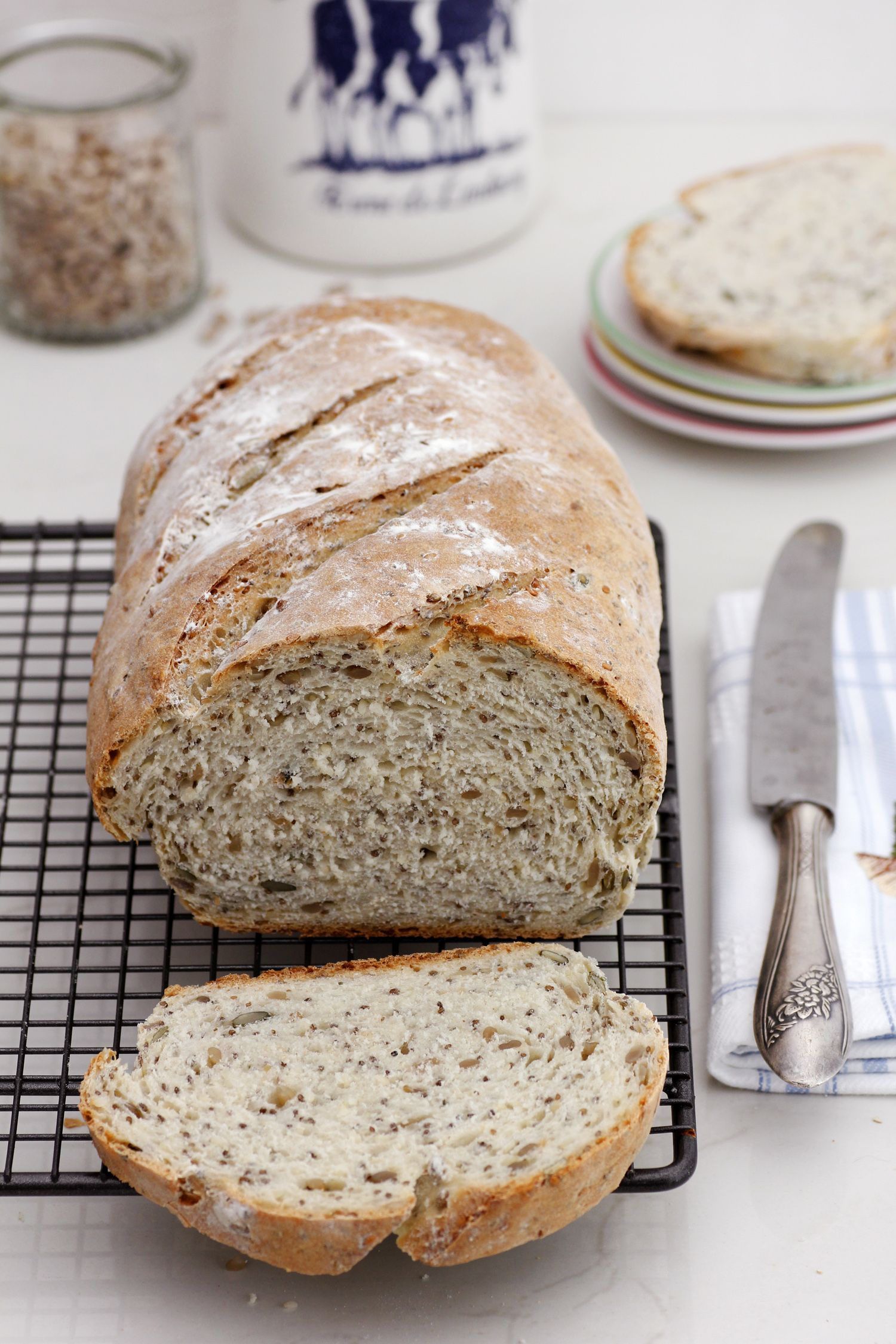seeds_bread-s
