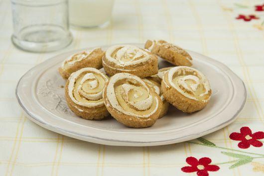 עוגיות שושנים מבצק שקדים