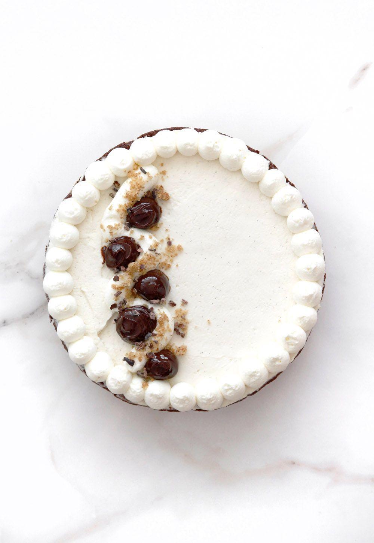 Chocolate and Pecan Tart with Vanilla Cream