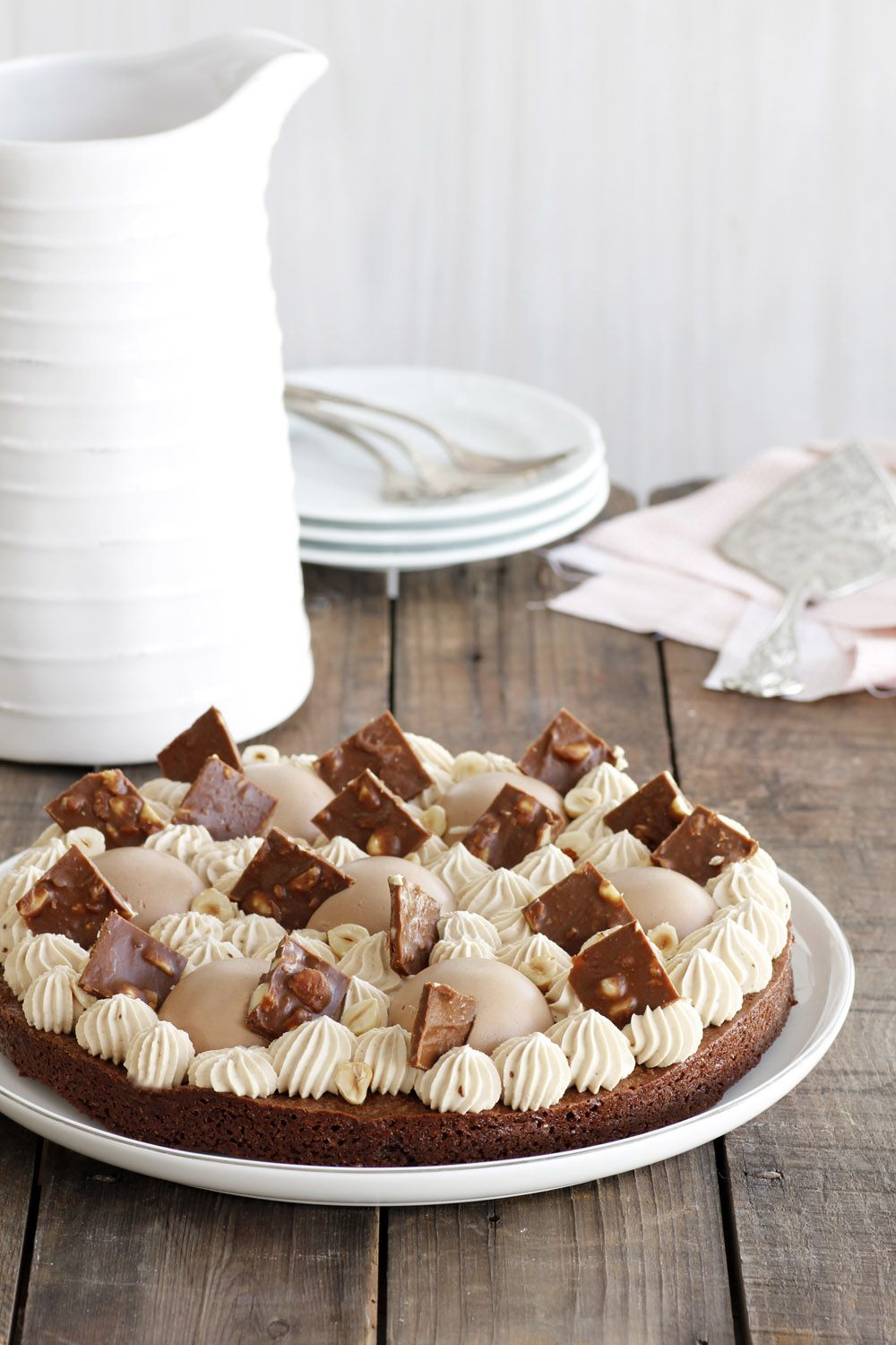 Coffee and Hazelnuts Chocolate Fudge Cake