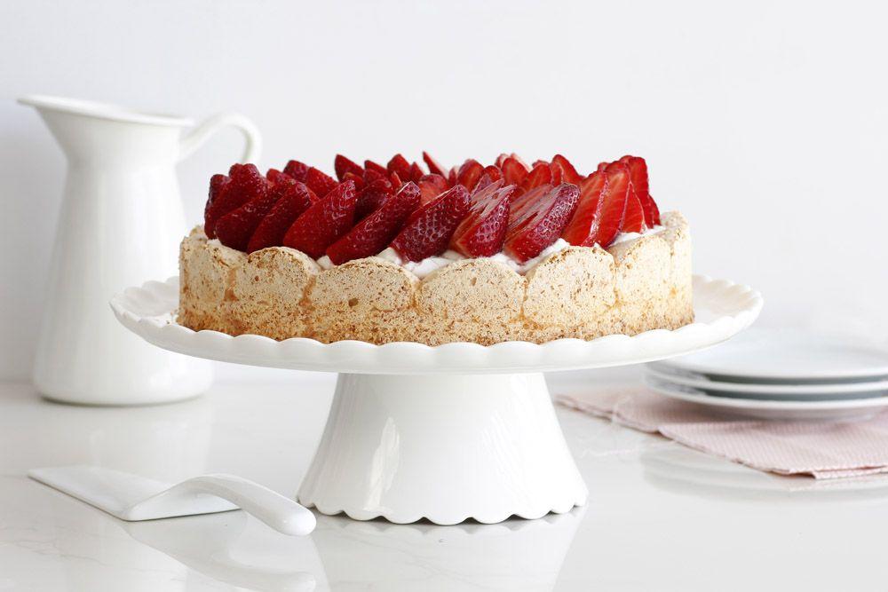 עוגת תותים ומסקרפונה ללא קמח