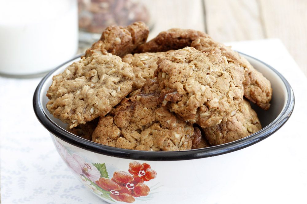 Maple Oatmeal Cookies with Pecans