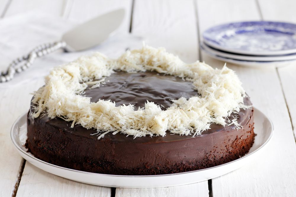 One-bowl Tahini Chocolate Cake