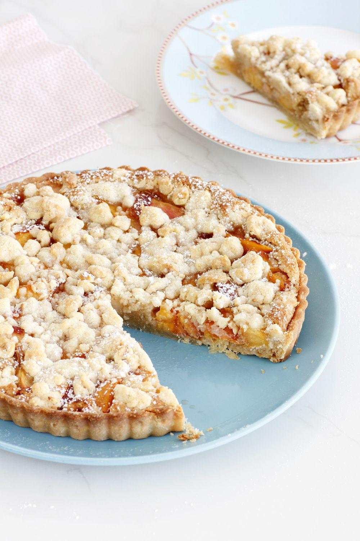 Nectarines and Hazelnut Pie