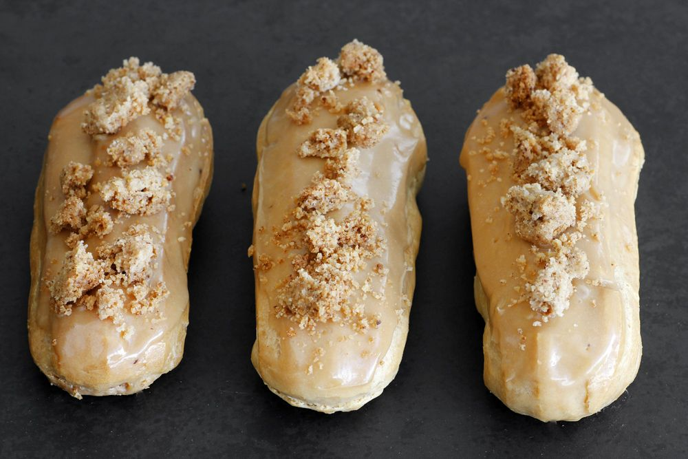 Coffee Eclairs with Pecan Streusel